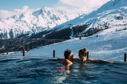 The swimming pool at or near Hotel Enzian Hochsölden Superior