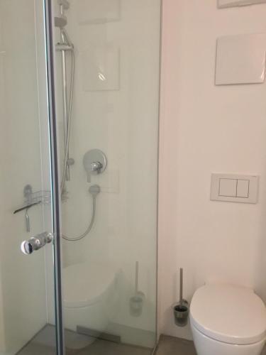 Ein Badezimmer in der Unterkunft Gästewohnung zum Atelier