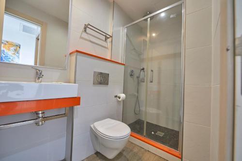 Ett badrum på MLL Palma Bay Club Resort