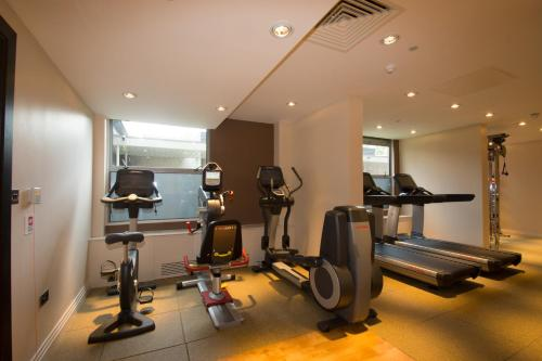 The fitness center and/or fitness facilities at DoubleTree by Hilton London Ealing