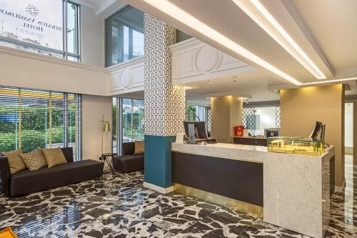 The lobby or reception area at Airotel Stratos Vassilikos Hotel