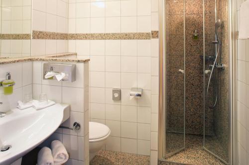 A bathroom at Jammertal Resort