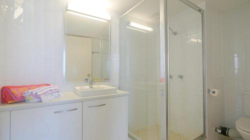 A bathroom at Monterey Lodge Unit 16, 27 Warne Terrace. Kings Beach