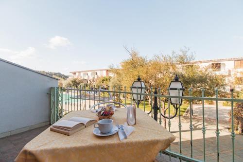 A balcony or terrace at Appartamento Gli Ontani