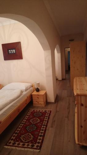 Postel nebo postele na pokoji v ubytování Enjoy Inn