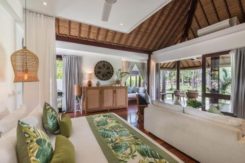 The lobby or reception area at Pondok Santi Estate