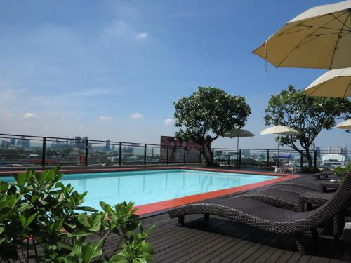 The swimming pool at or near The Grand Sathorn