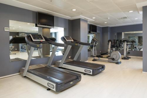 The fitness center and/or fitness facilities at Sercotel Sorolla Palace