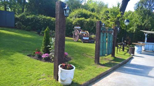 Vrt pred nastanitvijo Hotel Olajauregi