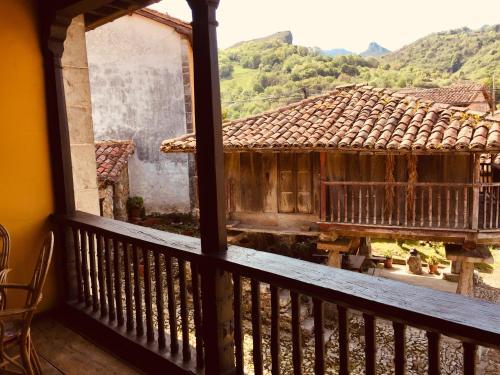 Un balcón o terraza de La Corrolada