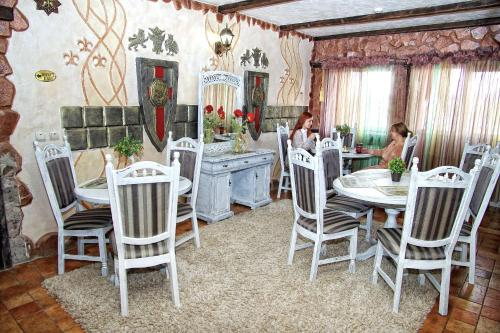 Ресторан / й інші заклади харчування у Чорний Замок