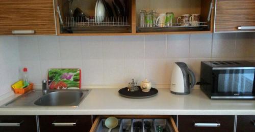 Кухня или мини-кухня в Квартира на Кирова 8