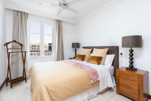 Un ou plusieurs lits dans un hébergement de l'établissement Rooms & Suites Balcony 3C