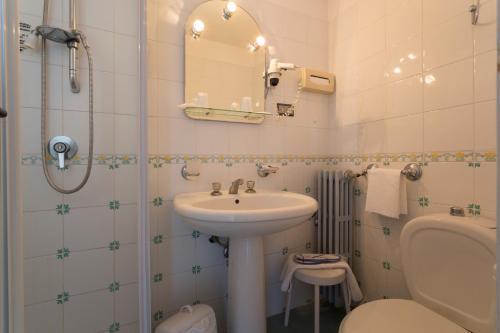 Ванная комната в Hotel Sole Castello