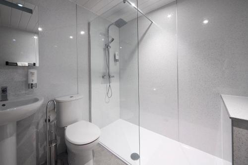 A bathroom at The Priory Hotel