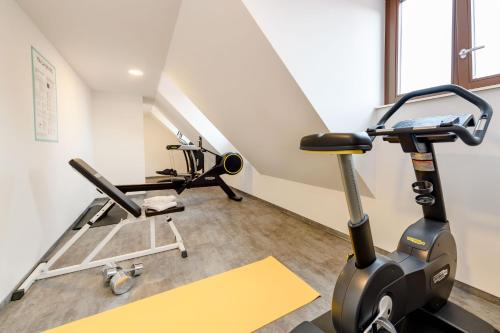 The fitness center and/or fitness facilities at ibis Styles Bamberg