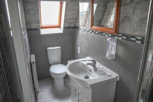 A bathroom at Hotel 261