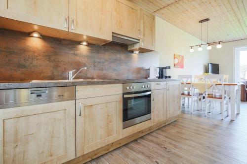 Küche/Küchenzeile in der Unterkunft Büdlfarm - Haus