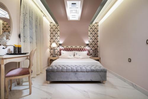 Pela Veranda Exquisite Suites