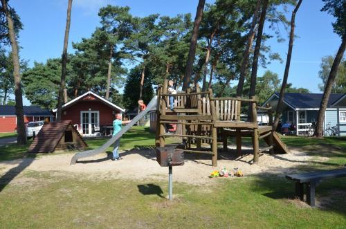 Lodge 6 personen camping de Molenhof