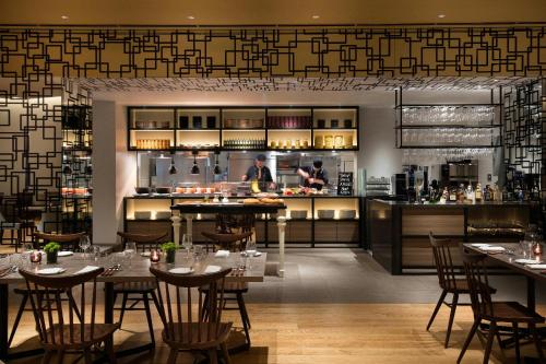 A restaurant or other place to eat at Courtyard by Marriott Shin-Osaka Station