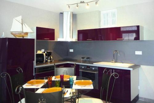 Cuisine ou kitchenette dans l'établissement Terraced house Yport - NMD01056-I