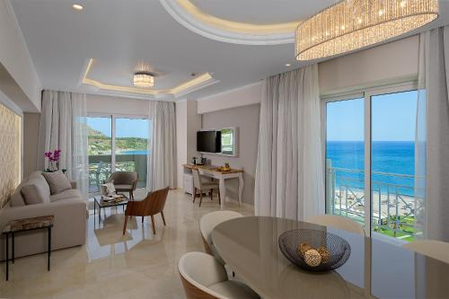 Widok na morze z tego hotelu