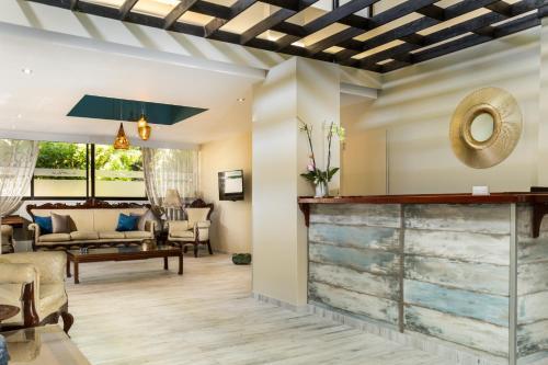 Hall ou réception de l'établissement Lefka Hotel & Apartments