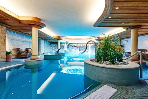 The swimming pool at or near Hotel Landhaus Wachtelhof