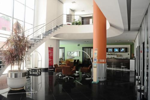 El vestíbulo o zona de recepción de Mercure Manaus