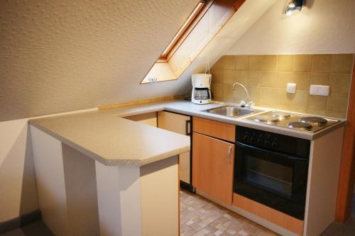 A kitchen or kitchenette at Seminarhaus am Liebfrauenberg