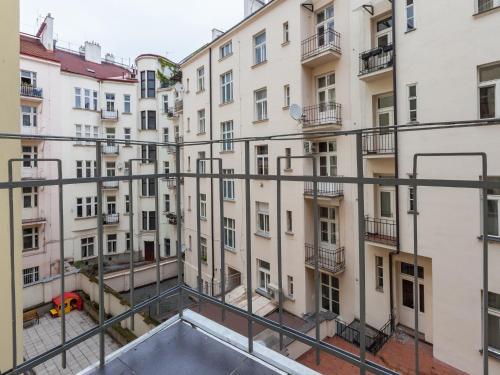 Piscina di Golden Prague Rooms o nelle vicinanze