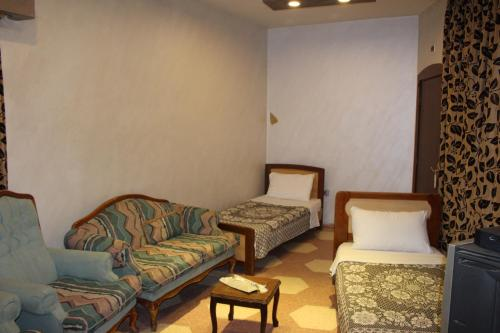 A seating area at Arab Tower Hotel