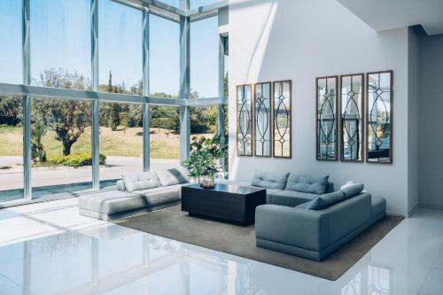 A seating area at Iberostar Selection Lagos Algarve