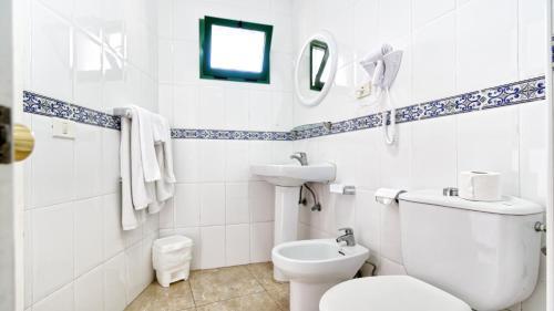 A bathroom at Las Faluas