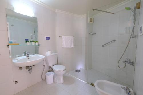 A bathroom at Hotel Wakim