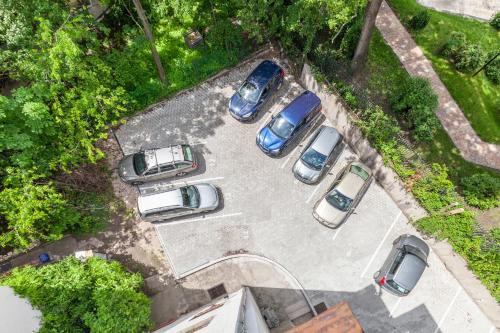 A bird's-eye view of Terrace Apartments at City Park