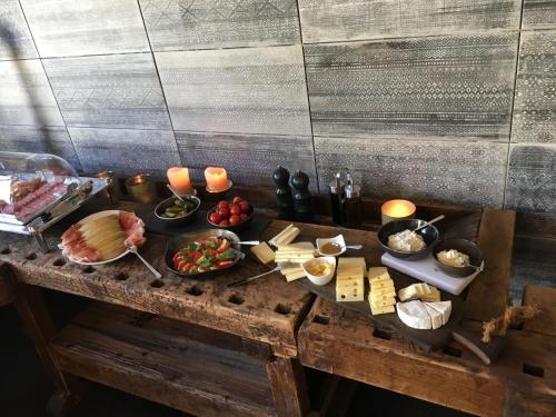 Frühstücksoptionen für Gäste der Unterkunft BELLEVUE Boutique B&B am Brienzersee / Iseltwald