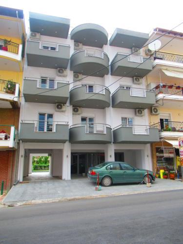 Artistic Rent Rooms & Apartments