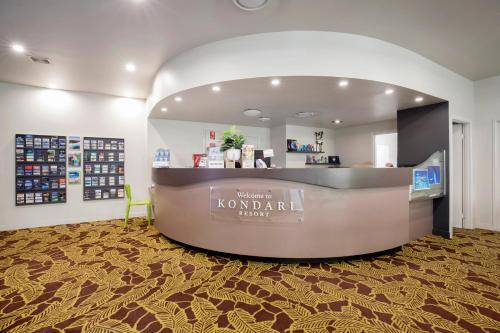 The lobby or reception area at Kondari Hotel