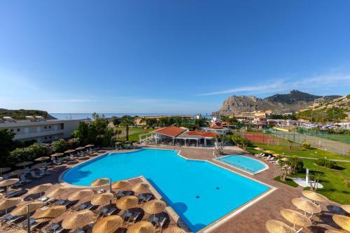 Widok na basen w obiekcie Leonardo Kolymbia Resort Rhodes lub jego pobliżu