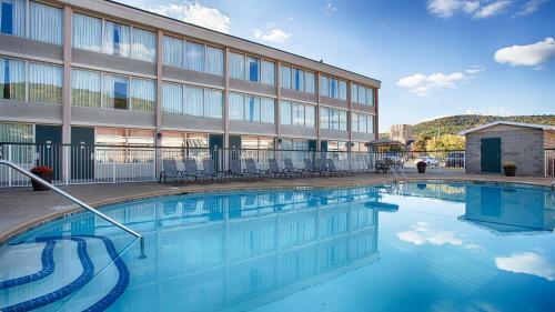 The swimming pool at or near Best Western Plus Bradford Inn