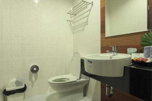 Ein Badezimmer in der Unterkunft The Breeze