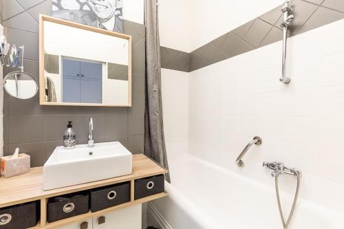 A bathroom at La Belle Vue