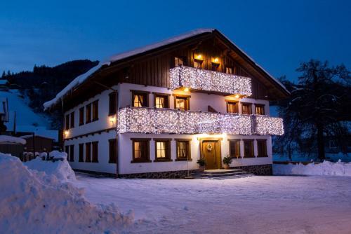 Amadehaus v zime