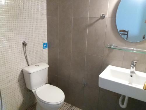 Ένα μπάνιο στο Amazon Studios