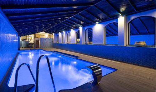 Het zwembad bij of vlak bij MS Aguamarina Suites