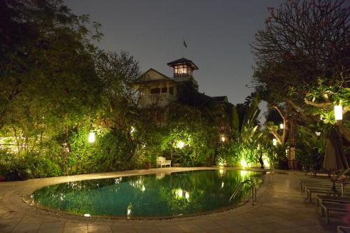 The swimming pool at or near Chakrabongse Villas