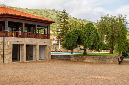 The swimming pool at or near Hotel Rural Quinta de Sao Sebastiao
