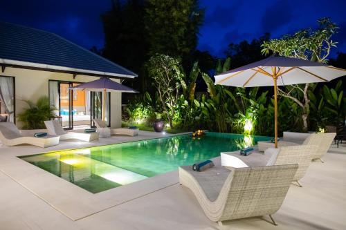 The swimming pool at or close to Layali Breeze Villa
